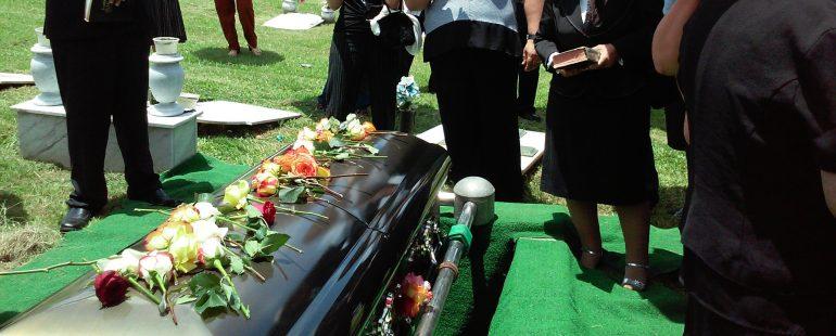 Ce să nu faci la o înmormântare